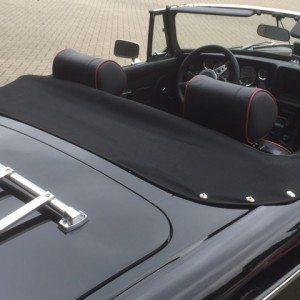 Mohair half tonneau voor elke MGB Roadster